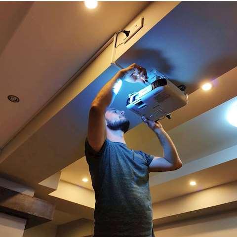 გაქირავება! პროექტორი 3LCD Epson EB-W41 WXGA 1280 x 800 Projector 3,600 Lumen Contrast 15,000 Wireless LAN IEEE 802.11b/g/n (optional) V11H844040