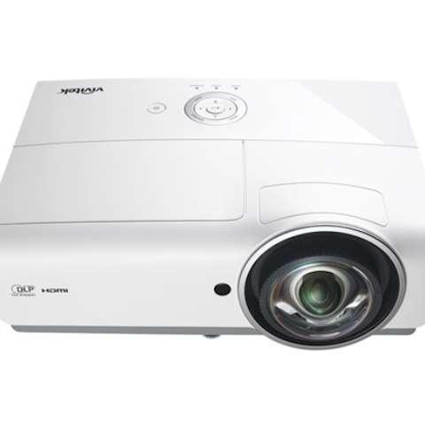 მოკლე ფოკუსიანი პროექტორი Vivitek DW882ST Short-Throw Projector DLP Projector WXGA (1280 x 800) 3600 ANSI Lumens 15,000:1 contrast 2 X HDMI